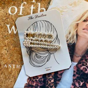 NWOT Anthropologie Pearl Hair Pins Set